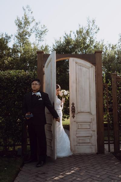 Kaitlin_and_Linden_Wedding_Pre_Ceremony-39.jpg