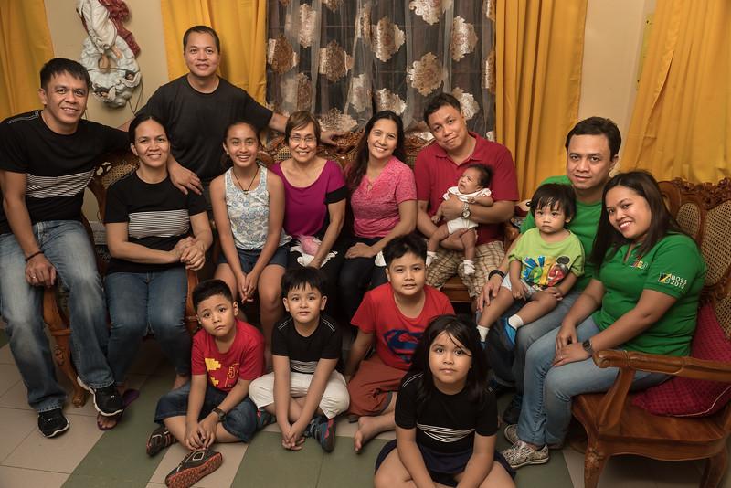 Velardes Family Portrait-21.jpg