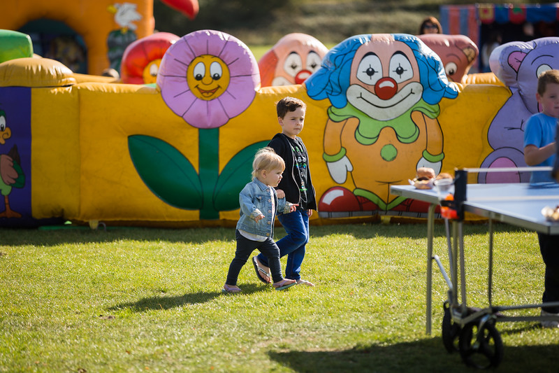 bensavellphotography_lloyds_clinical_homecare_family_fun_day_event_photography (169 of 405).jpg