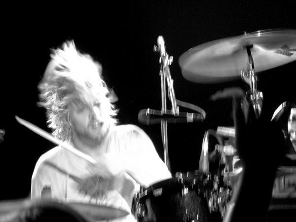 Taylor Hawkins & The Coattail Riders, 2006
