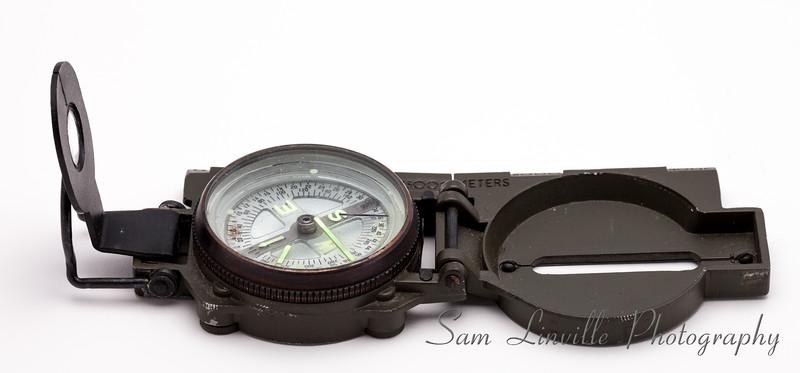 Military Compas33077.jpg