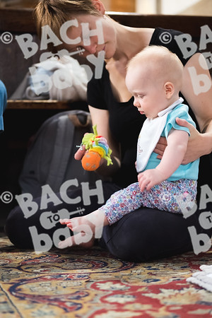 © Bach to Baby 2018_Alejandro Tamagno_Victoria Park_2018-07-11 012.jpg