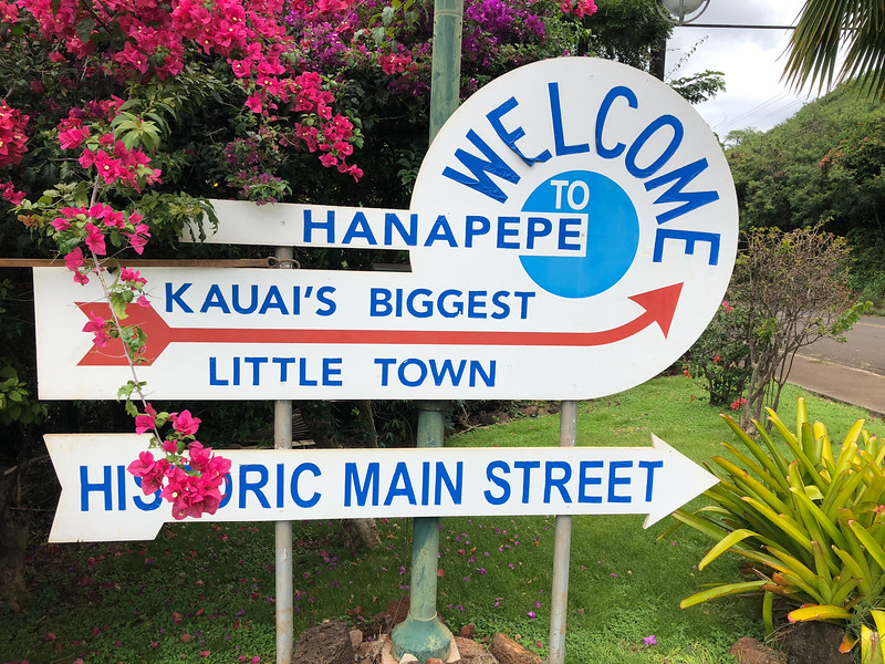 Welcome to Hanapepe, a tiny, but vibrant arts community on the west side of Kauai.
