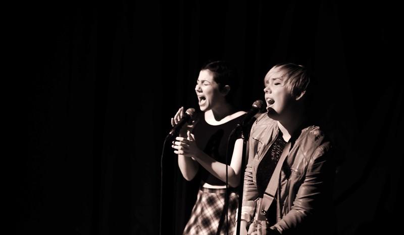 Singers: Bangerz & Mash by Brunch Theatre