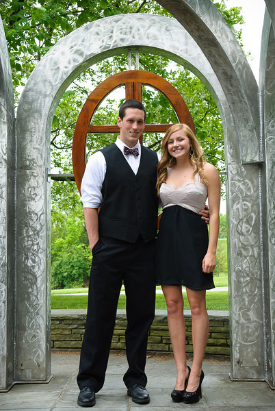Maumee Valley Prom, 12-May-2012; photos at Toledo Botanical Garden Filename: TOP_2211