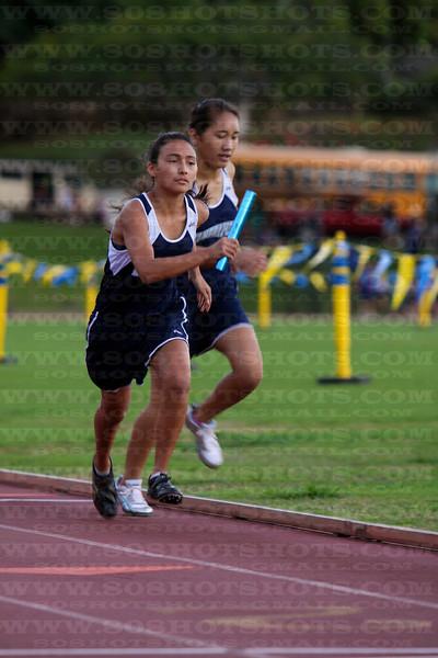 Girls 4x400m 022610