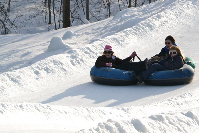 Snow_Tubing_at_Snow_Trails_010.jpg