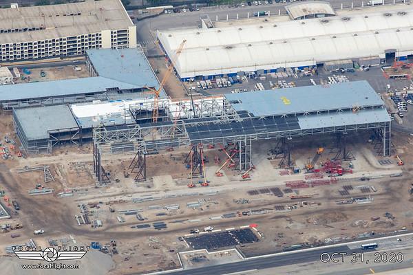 LAX UAL Hangar Construction 31OCT20