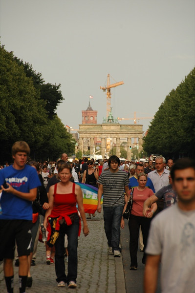 Crowds Walking to Hear Barack Obama- Berlin, Germany