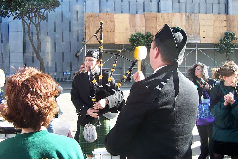 Pipe & Drum in the Street