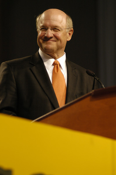 Dr. Jack R. Ohle, president of Wartburg College, addresses the assembly during the College Corporation meetings.