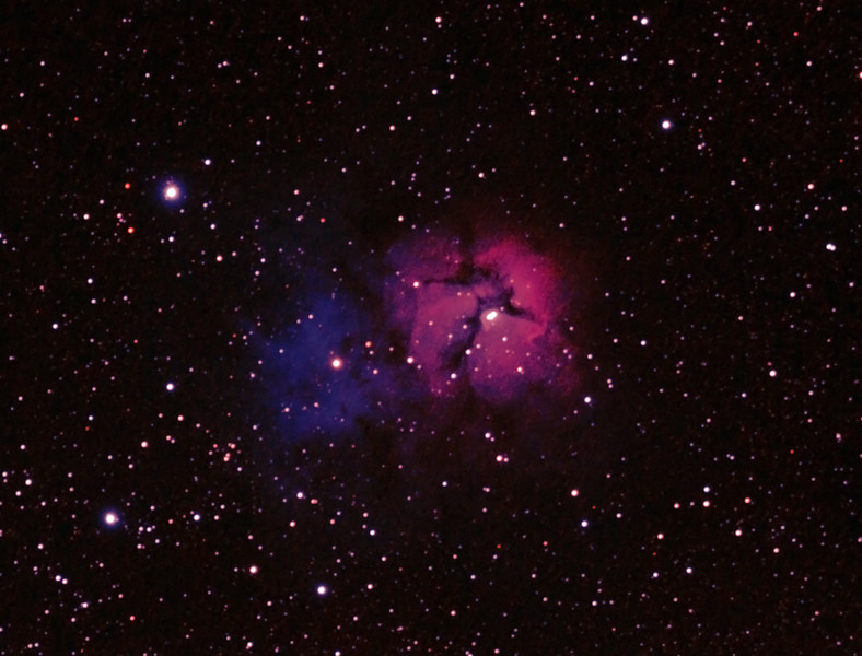 Messier M20 - NGC 6514 - Trifid Nebula and M21 - NGC6531 - Open Cluster in Sagittarius - 22/6/2012 (Processed cropped stack)