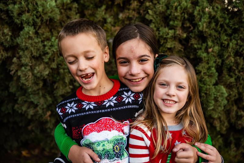 Christmas Sweater Cousins 2020-6782.jpg