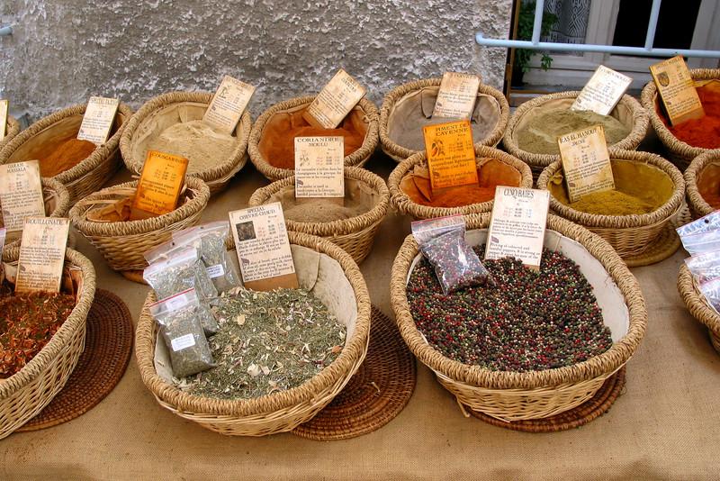 FR34 - spices.jpg