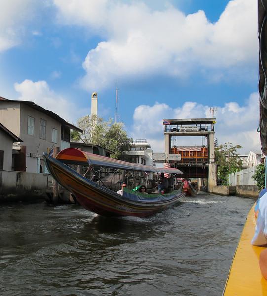 Lock at Khlong Bangkok Noi (the former Chao Phraya River)