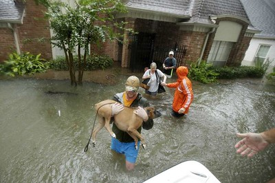 editorial-texans-americans-shine-through-the-storms-darkness