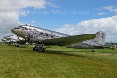 N24320 Douglas DC3
