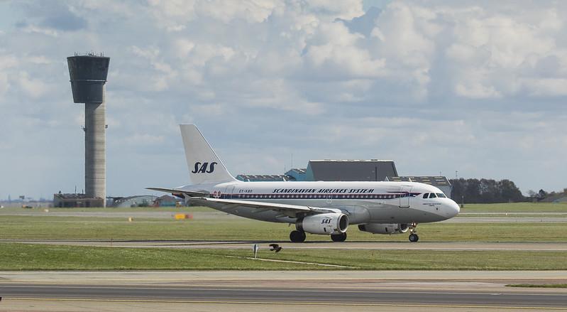 Scandinavian Airlines System Airbus A319-132 OY-KBO  in Kopenhagen/DK.