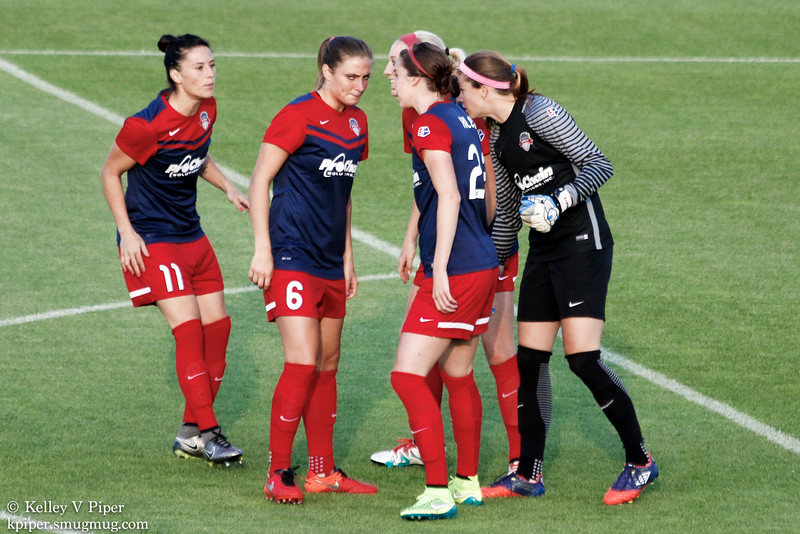 Ali Krieger, Shelina Zadorsky, Megan Oyster, Alyssa Kleiner, and Stephanie Labbé  - 1st Half (07 May 2016)