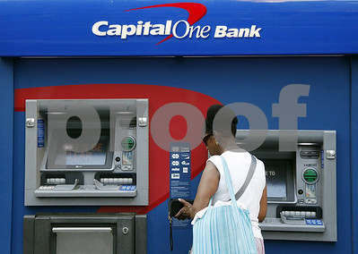 capital-one-closing-jacksonvile-branch-three-tyler-locations-in-coming-months