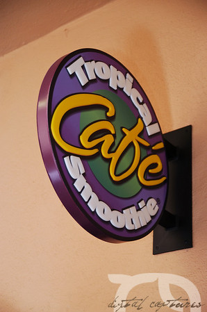 11-01-08 Tropical Smoothie Cafe Grand Opening