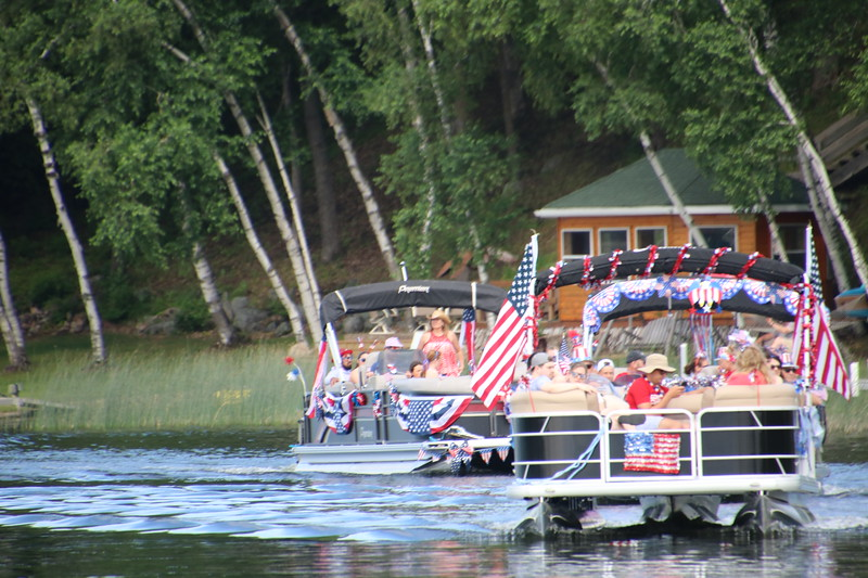 2019 4th of July Boat Parade  (91).JPG
