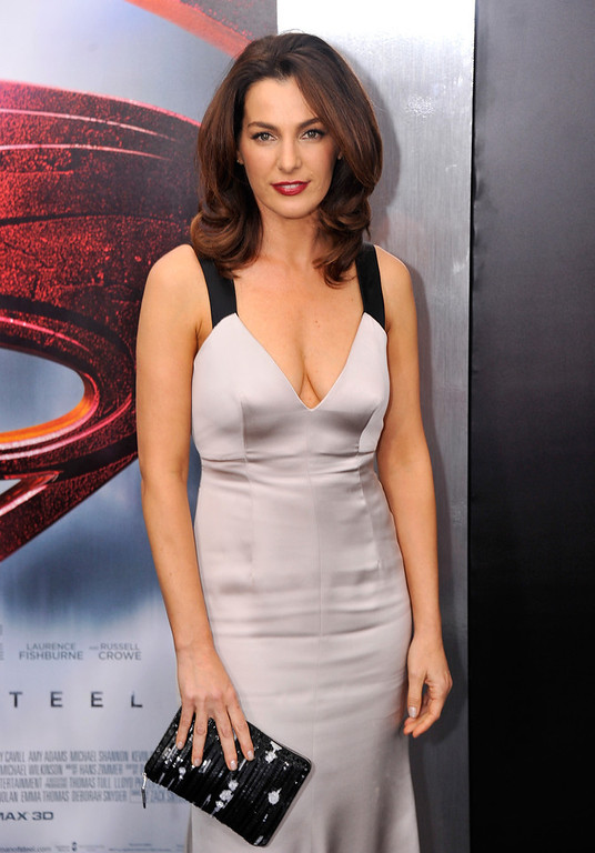 ". Actress Ayelet Zurer attends the ""Man Of Steel\"" world premiere at Alice Tully Hall at Lincoln Center on June 10, 2013 in New York City.  (Photo by Stephen Lovekin/Getty Images)"