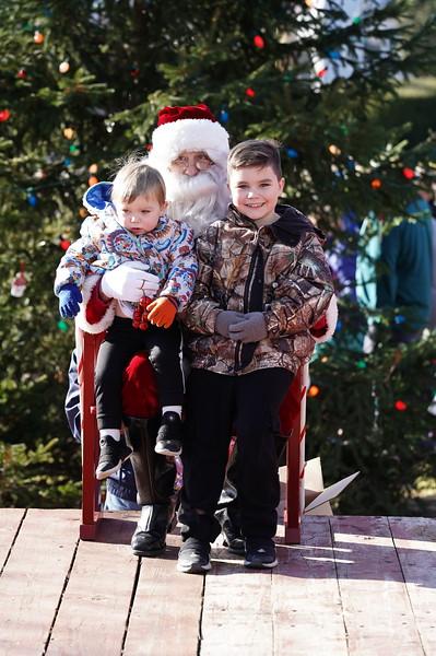 Santa In The Park 20190038.JPG