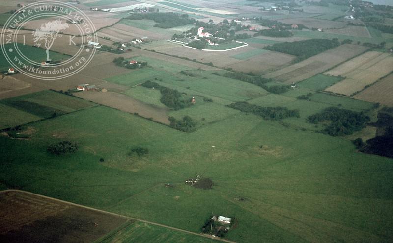 Pangs mound, 1,2km southeast Brunnby Church | EE.1304