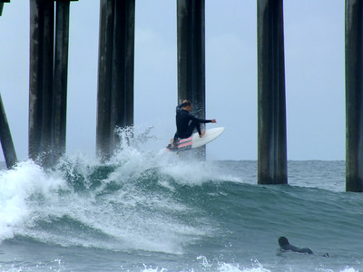 4/29/19 * DAILY SURFING PHOTOS * H.B. PIER