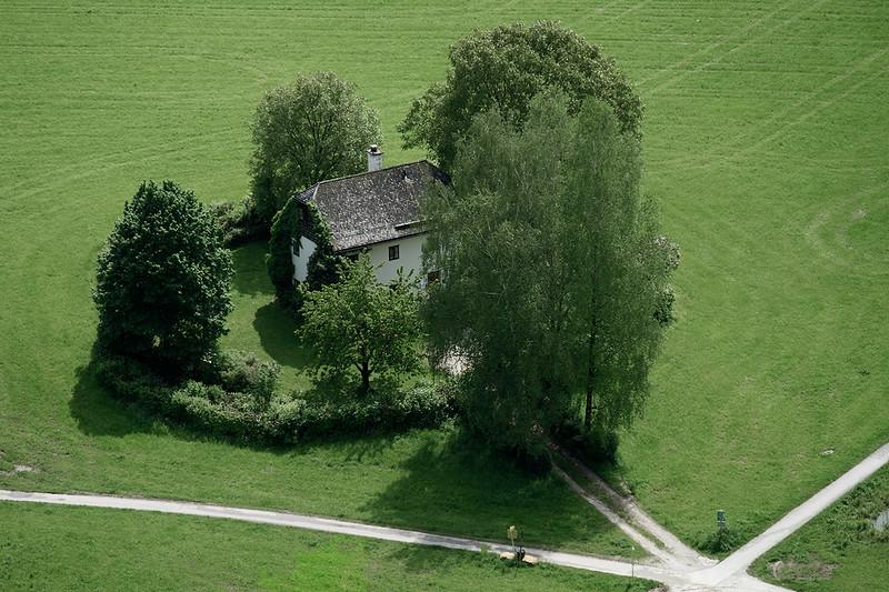 Hidden House 1605173615-1.jpg