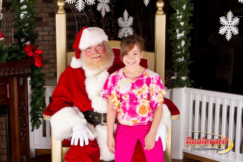 Santa Dec 8-268.jpg