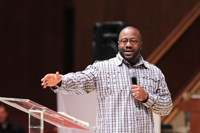 """ERIC MASON, """"The Role of Suffereing in Sanctificatin"""" speaks during the 25th Annual Pastors' Conference at First Baptist Church, Jacksonville, FL"""