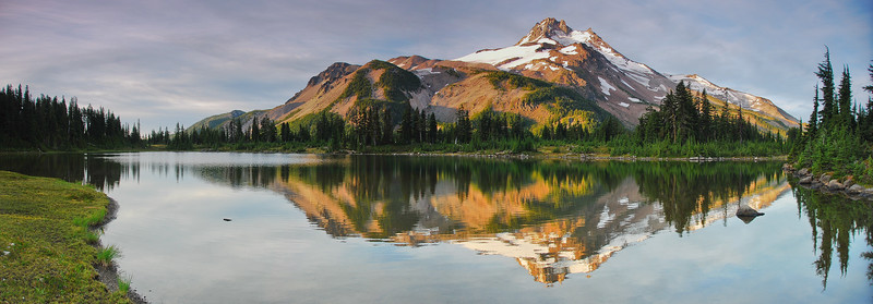 Russell Lake & Mt. Jefferson