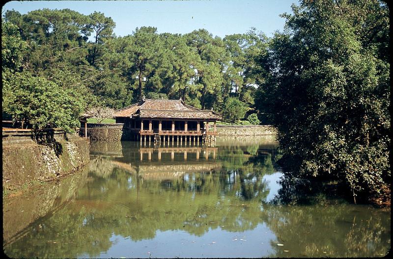 VietnamSingapore1_047.jpg
