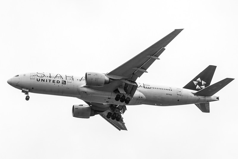 United 777 - Star Alliance