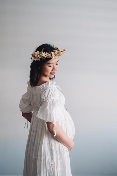JY Maternity Shoot Web-15.jpg