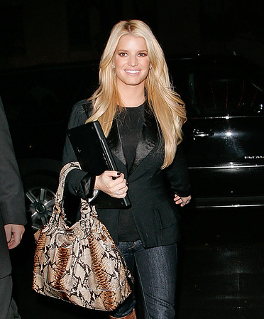 2007-11-15 - Jessica Simpson