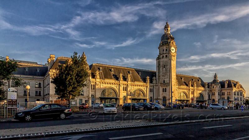 Last Light on Gare de La Rochell