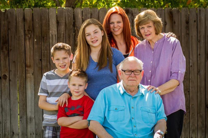 03-27 Hanson Family-121.jpg