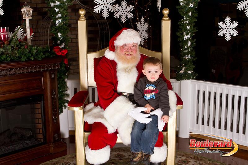 Santa Dec 15-175.jpg