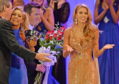 Rachel Wyatt Crowned Miss SC 2016