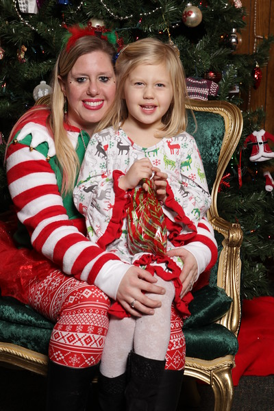 Kosciuszko Hall Kids Christmas 2018