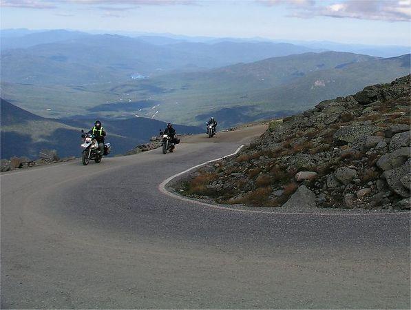 225e Mt Washington road, ascent, Bigbird in lead. photo credit, Gringo