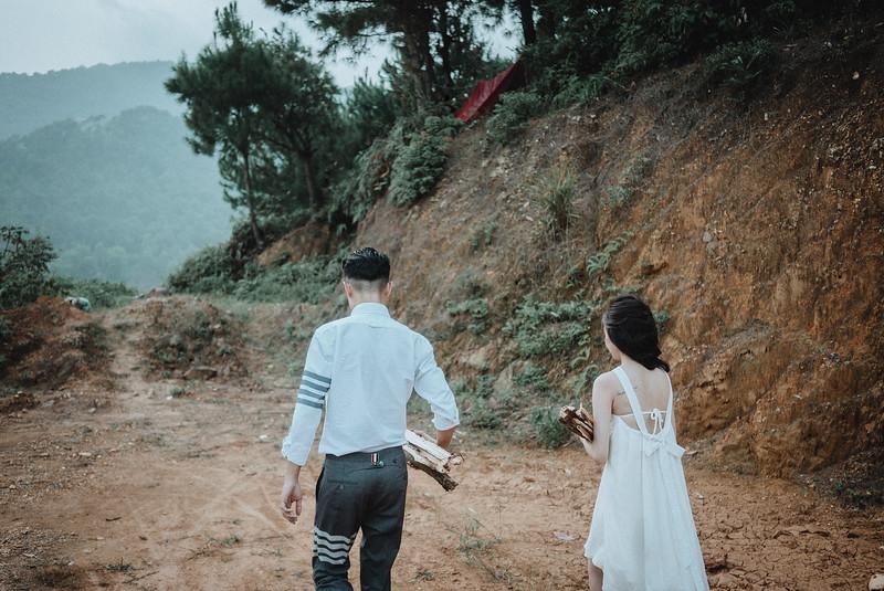 Tu-Nguyen-Destination-Wedding-Photography-Elopement-Vietnam-Pali-Louis-w-166.jpg
