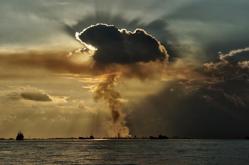 Schadstoff-Cumulus | Polluted cumulus, Male
