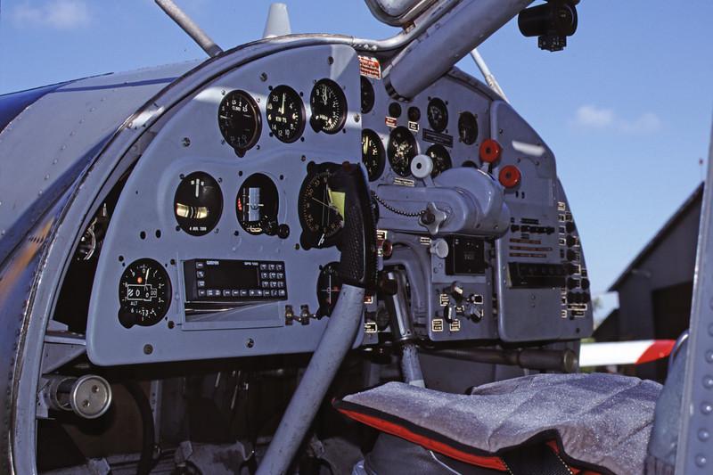 D-EFZM-DornierDo-27A-4-Private-EDXB-2000-07-16-IU-25-KBVPCollection.jpg
