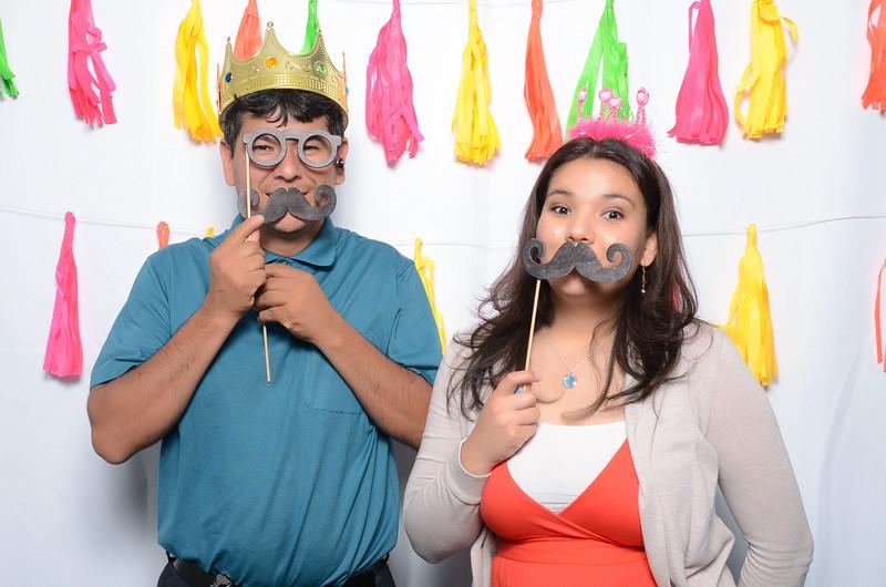 Tacoma_Photobooth_Moposobooth_MOLE-179.jpg