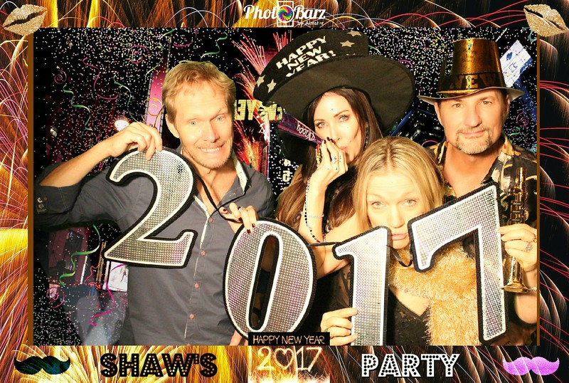 Shaws NYDay Party (21).jpg
