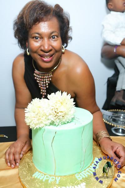 MAXINE GREAVES BIRTHDAY DINNER CELEBRATION 2020R-3132.jpg